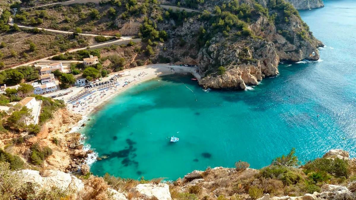 Plaża wHiszpanii. Fot.Internet