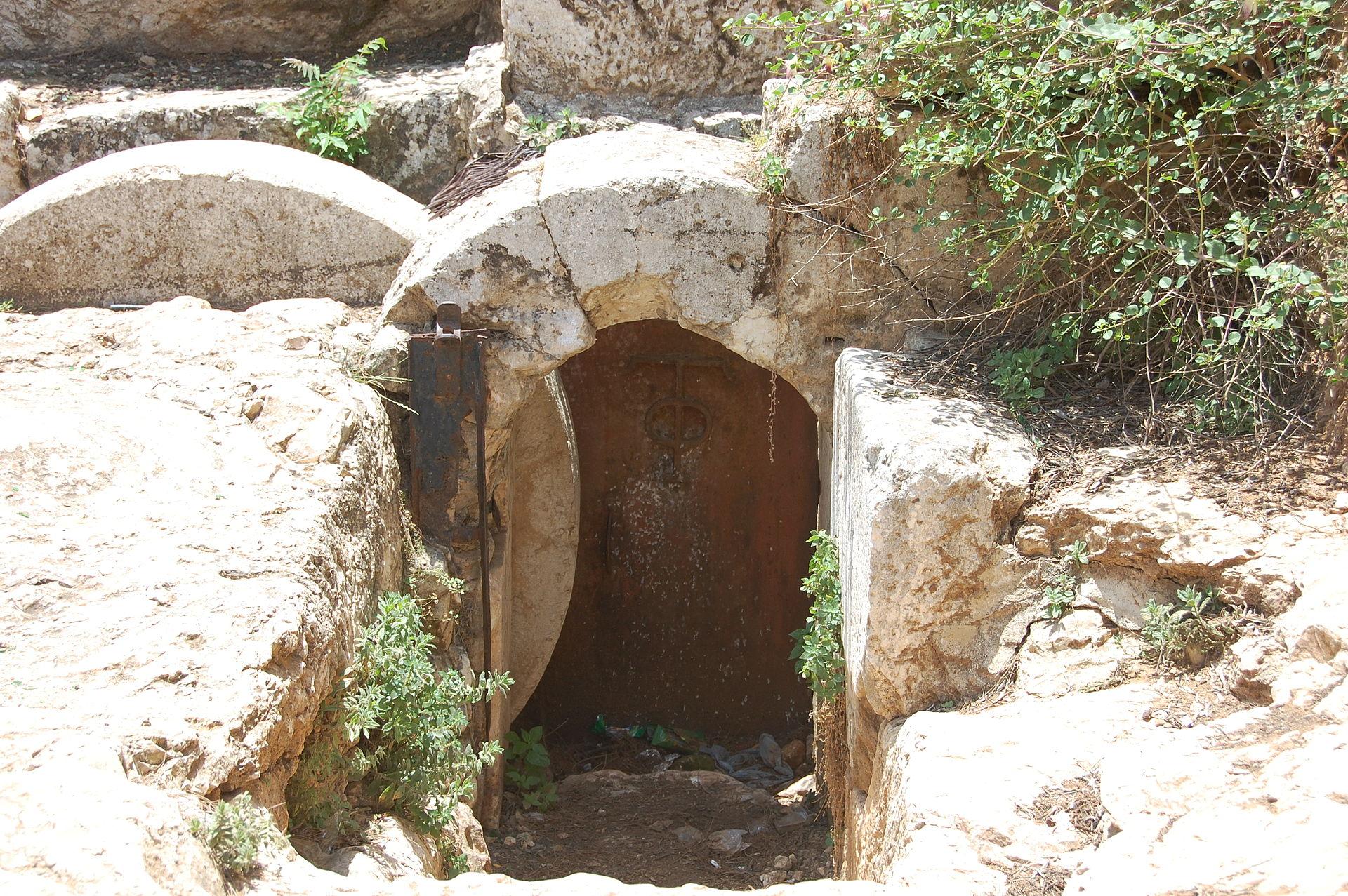 Grobowiec skalny zczasów Heroda Wielkiego . Fot.Internet
