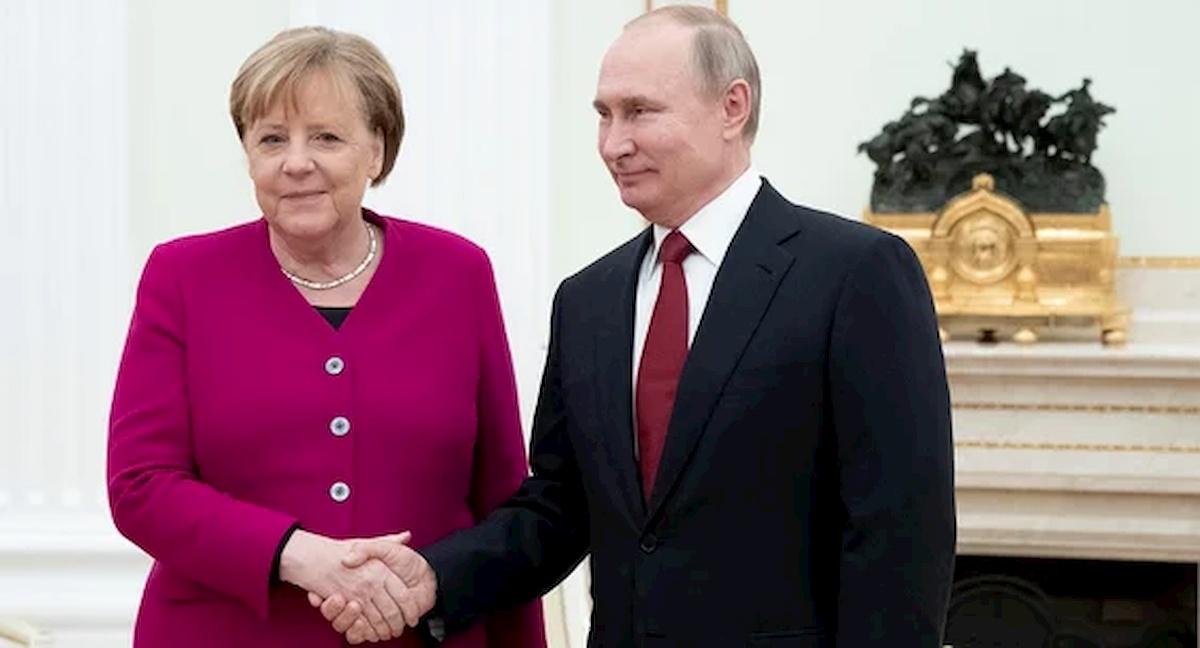 Angela Merkel iWładimir Putin. Fot.domena publiczna
